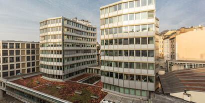 Total officespace of 417 m2 over several floors in modern and light flooded office building available. Situated in the heart of Geneva city centre – Right Bank.