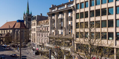Magnificent first floor offices at St-François for rent with a total area of approximately 290 m².
